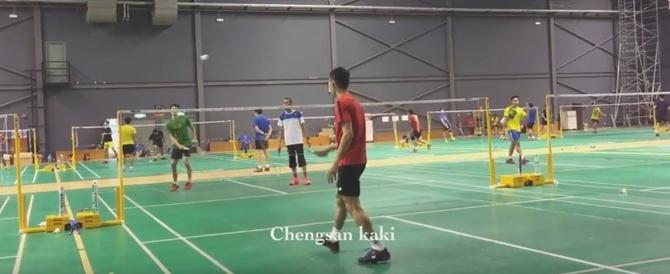 Tay vợt cầu lông số 2 thế giới Lee Chong Wei tập luyện cùng người thầy Misbun Sidek