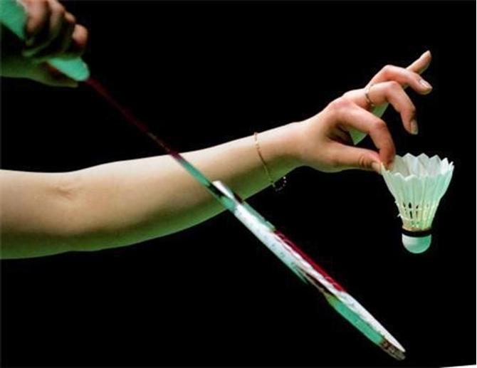 Kỹ thuật đánh cầu lông cơ bản bạn cần biết: Đập cầu