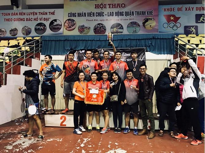 Bất ngờ về trình độ cao tại giải giao lưu cầu lông đồng đội VNB Đà Nẵng
